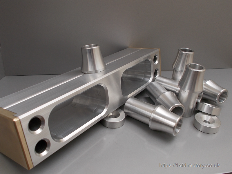 Bespoke CNC turnhed and milled parts image