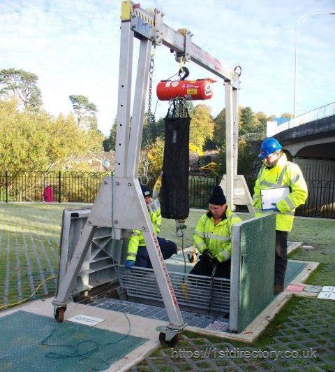 Goods And Personnel Lifting: Reid Lifting Ltd