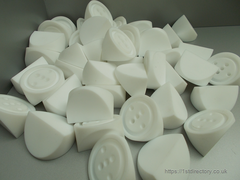 Machined engineering plastic components image