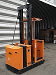 Electric Pallets/Stackers image